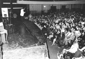 Alessandro PUltrone autore ed interprete al Teatro olimpico di Roma 1987